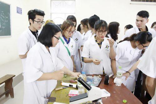 Nội dung chương trình đào tạo Văn bằng 2 Cao đẳng Xét nghiệm tại Cao đẳng Y Dược TP Hồ Chí Minh năm 2018