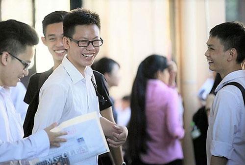 Còn rất nhiều học bổng khác cho thí sinh đăng ký xét tuyển vào trường