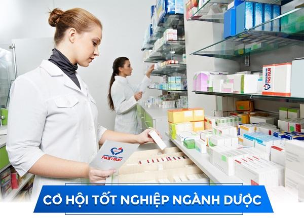 Những cơ hội nghề nghiệp cần nắm bắt cho sinh viên Cao đẳng Dược TPHCM