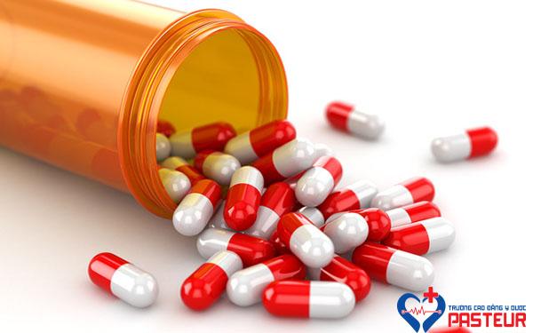 Nguồn cung ứng thuốc kháng sinh bị ảnh hưởng do dịch COVID-19